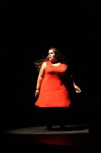 Claudia Marsicano Canta in Socialmente